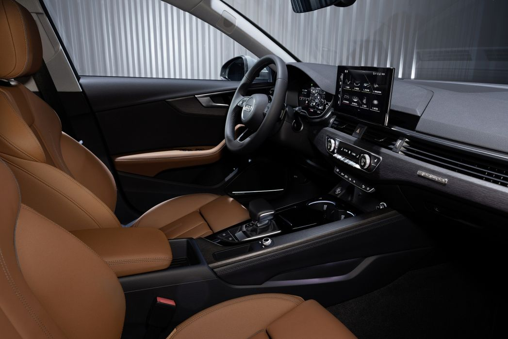 Image 3: Audi A4 Diesel Avant 30 TDI Technik 5dr S Tronic