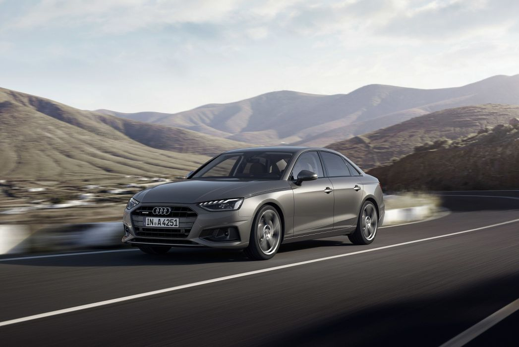 Image 5: Audi A4 Diesel Saloon 35 TDI S Line 4dr S Tronic
