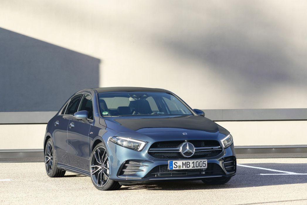 Image 6: Mercedes-Benz A Class AMG Saloon A35 4matic Premium Plus 4dr Auto