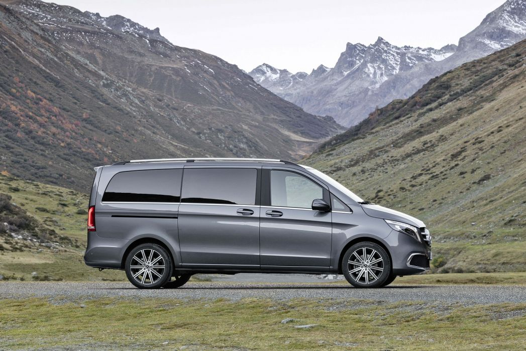 Video Review: Mercedes-Benz V Class Diesel Estate V220 D AMG Line 5dr 9G-Tronic [extra Long]