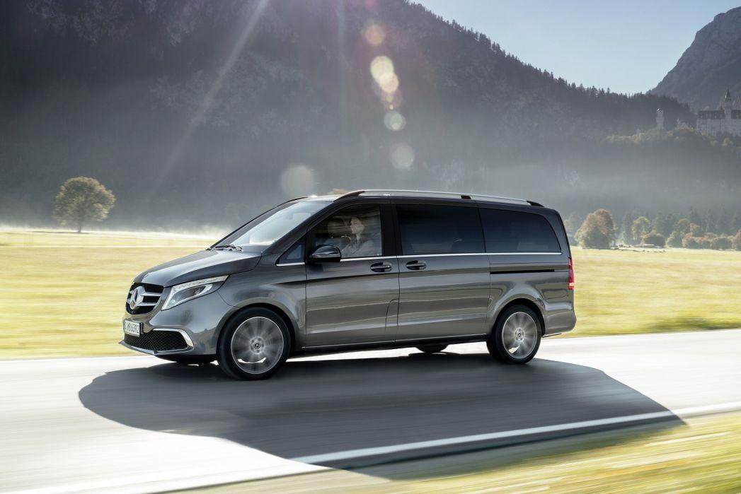 Image 4: Mercedes-Benz V Class Diesel Estate V300 D Sport 5dr 9G-Tronic [long]
