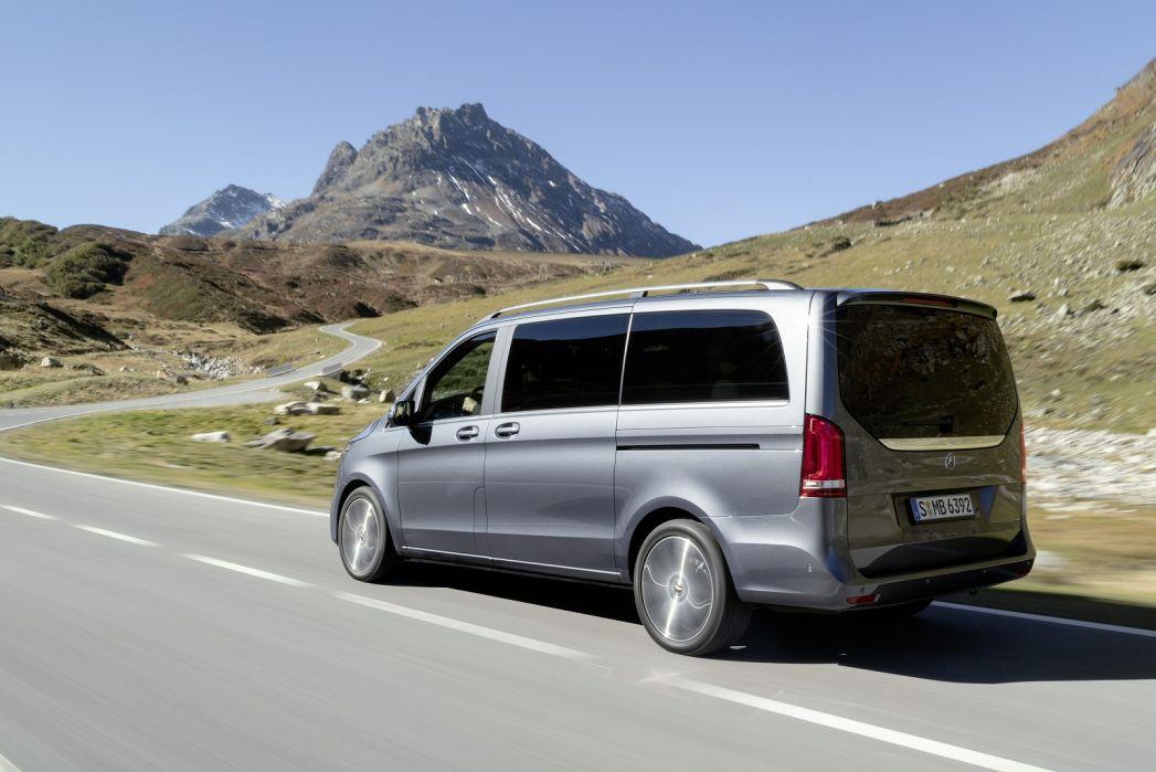 Image 5: Mercedes-Benz V Class Diesel Estate V300 D Sport 5dr 9G-Tronic [long]
