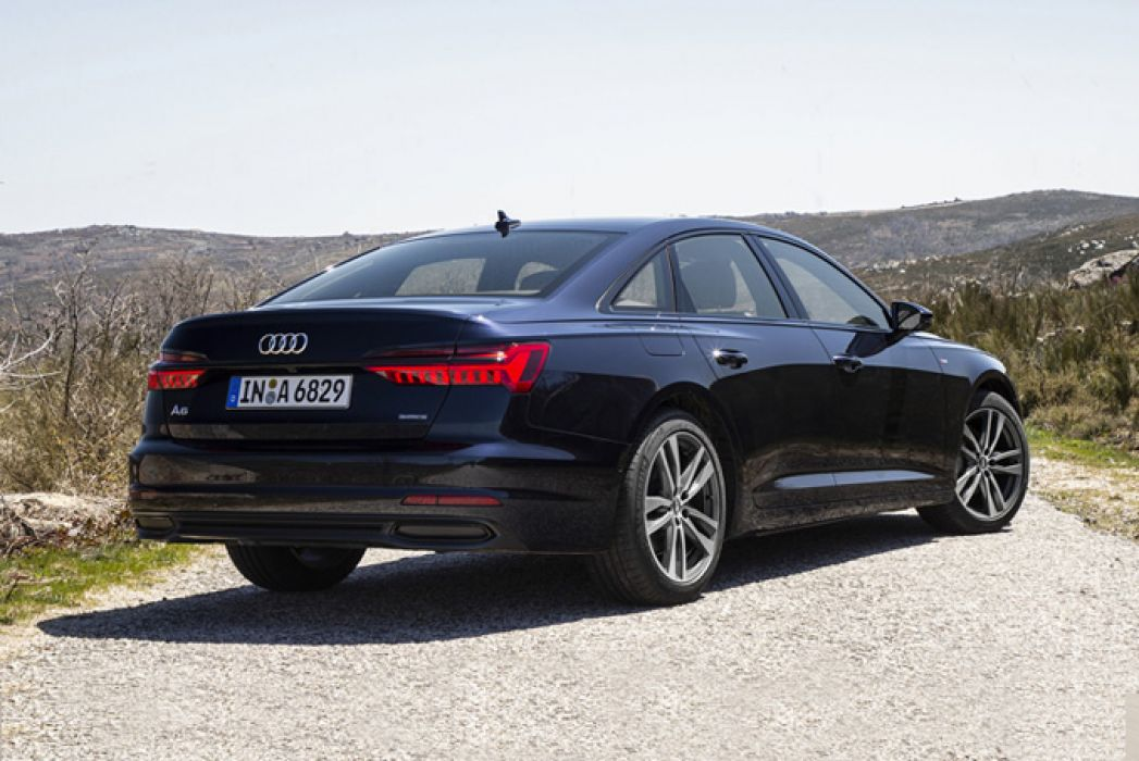 Image 3: Audi A6 Saloon 45 Tfsi Quattro Black Edition 4dr S Tronic