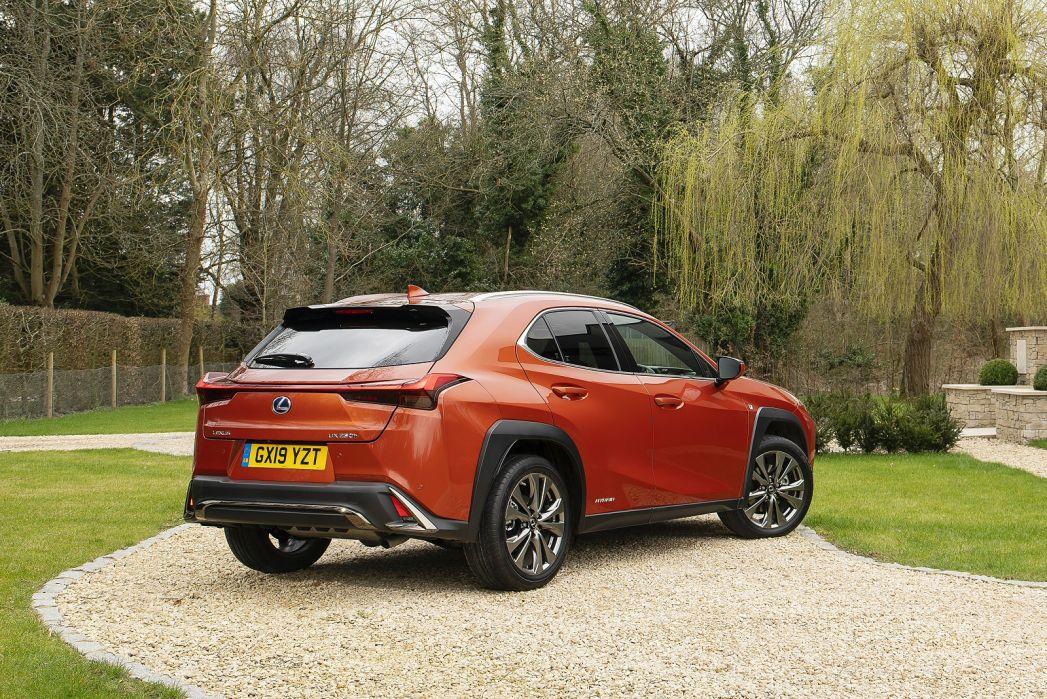 Image 2: Lexus UX Hatchback 250H 2.0 5dr CVT [premium Pack/NAV]