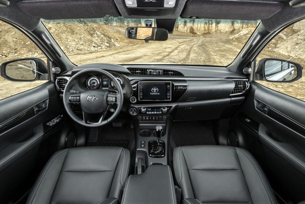 Image 4: Toyota Hilux Diesel Invincible X D/CAB P/UP 2.4 D-4D [3.5T TOW]