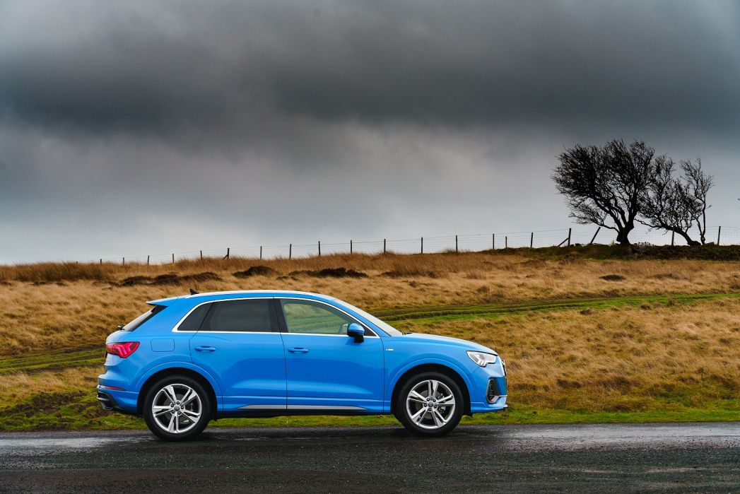 Video Review: Audi Q3 Diesel Estate 35 TDI Black Edition 5dr S Tronic