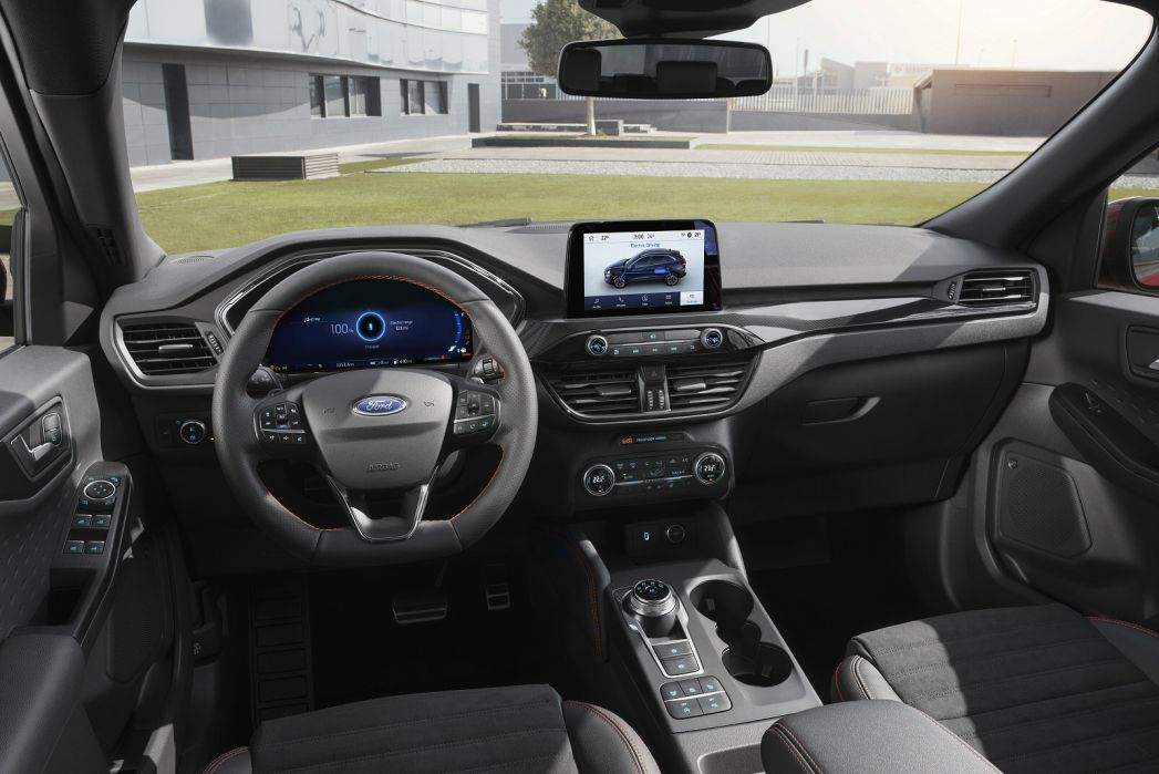Video Review: Ford Kuga Diesel Estate 1.5 Ecoblue ST-Line X Edition 5dr