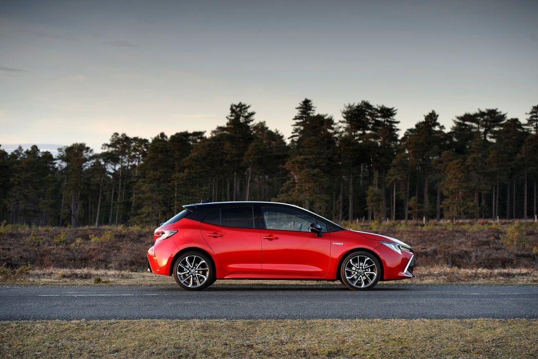 Image 2: Toyota Corolla Hatchback 1.8 VVT-I Hybrid Icon 5dr CVT