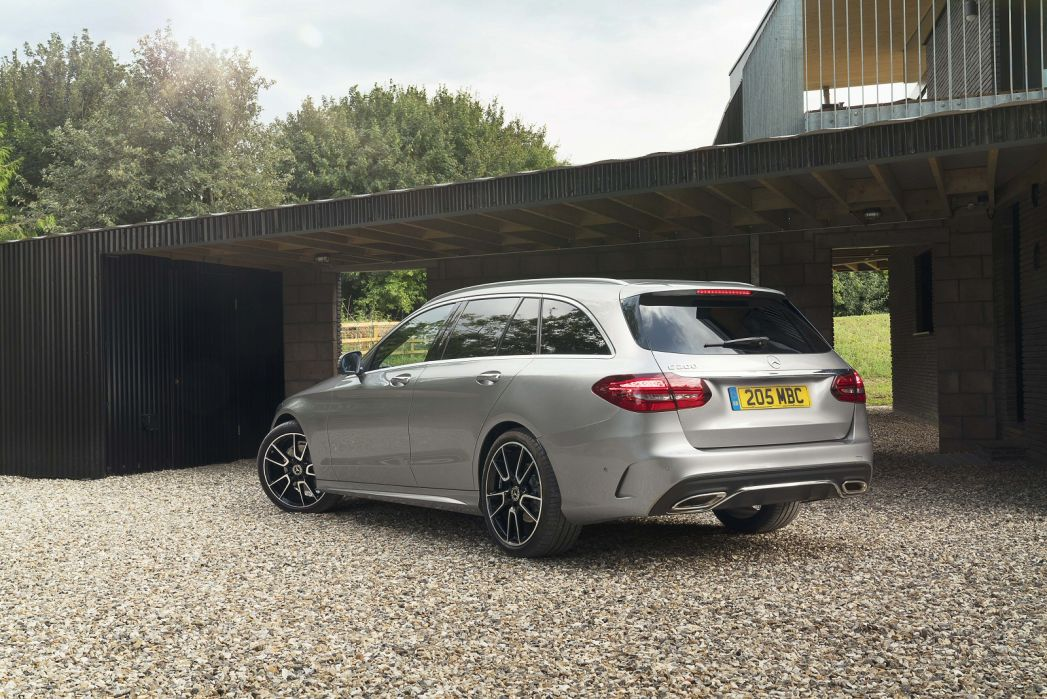 Image 3: Mercedes-Benz C Class Estate Special Editions C200 AMG Line Night ED Premium Plus 5dr 9G-Tronic