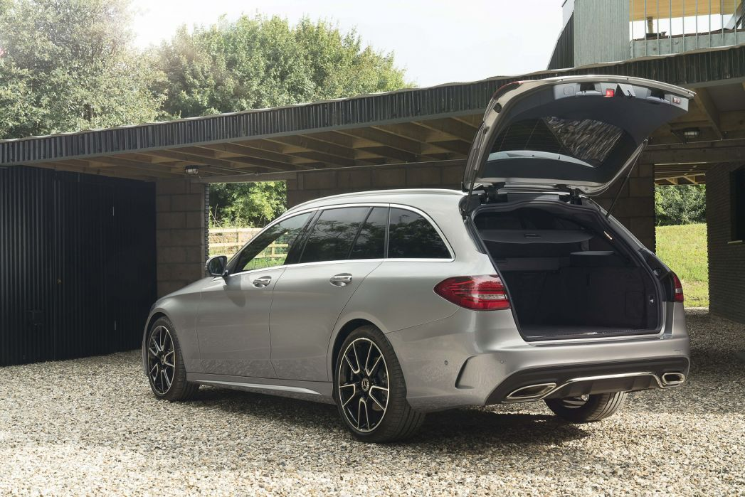 Image 4: Mercedes-Benz C Class Estate Special Editions C200 AMG Line Night ED Premium Plus 5dr 9G-Tronic