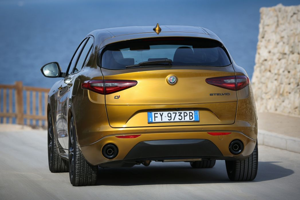 Image 2: Alfa Romeo Stelvio Estate 2.0 Turbo 200 Sprint 5dr Auto