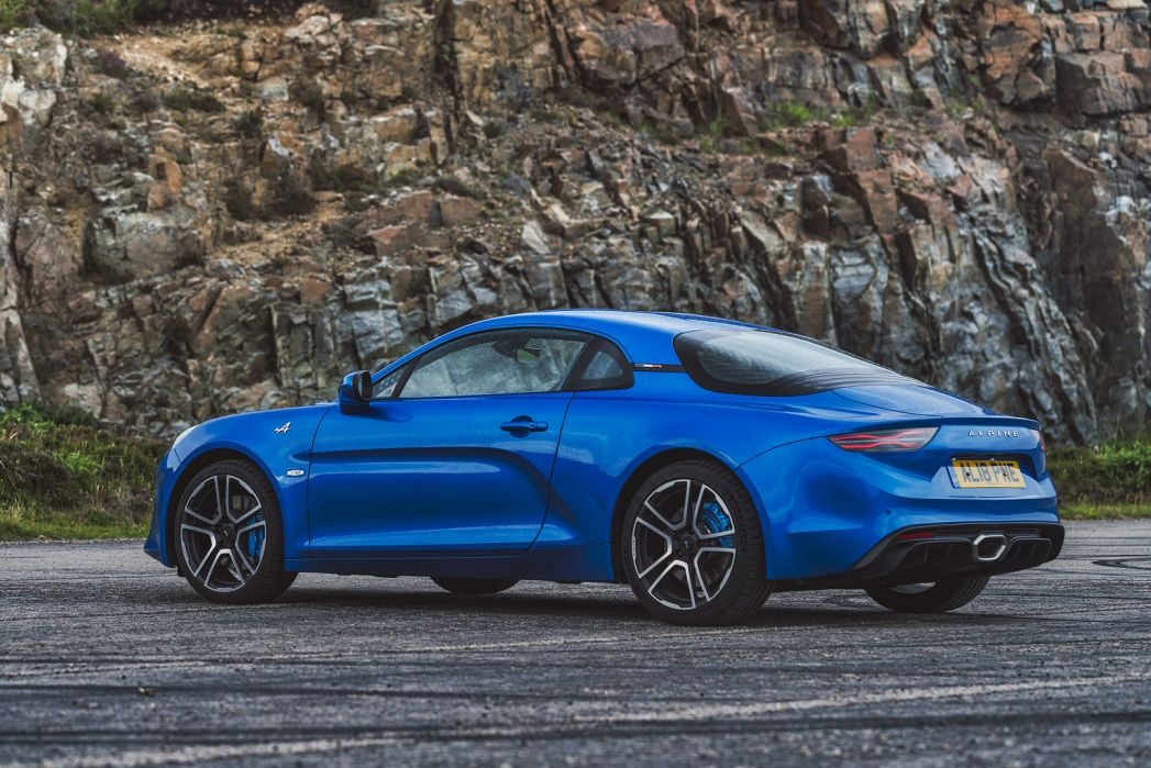 Video Review: Alpine A110 Coupe 1.8L Turbo Pure 2dr DCT