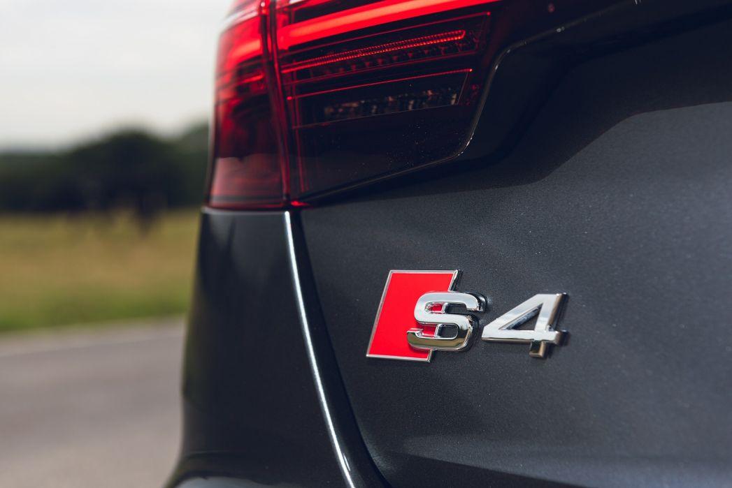 Image 4: Audi A4 Diesel Avant S4 TDI Quattro 5dr Tiptronic