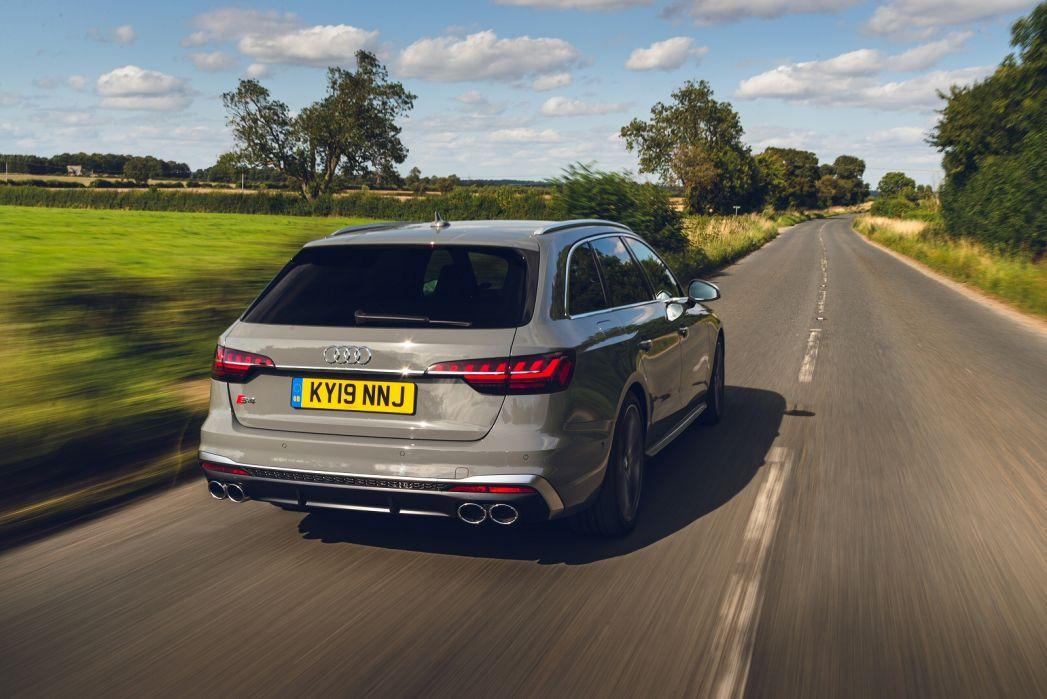 Image 6: Audi A4 Diesel Avant S4 TDI Quattro 5dr Tiptronic [comfort+sound]