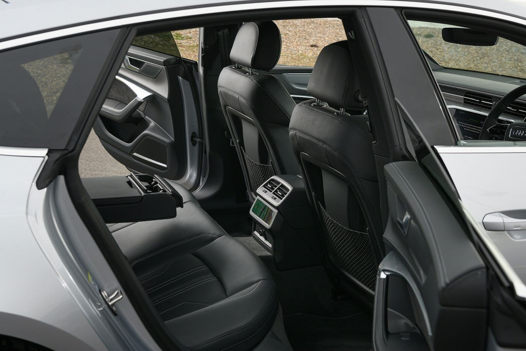 Image 3: Audi A7 Sportback 55 Tfsi E Quattro Competition 5dr S Tronic [C+S]