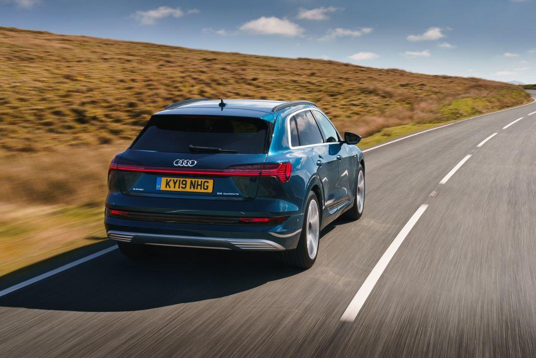 Image 5: Audi E-Tron Estate 230KW 50 Quattro 71KWH Sport 5dr Auto