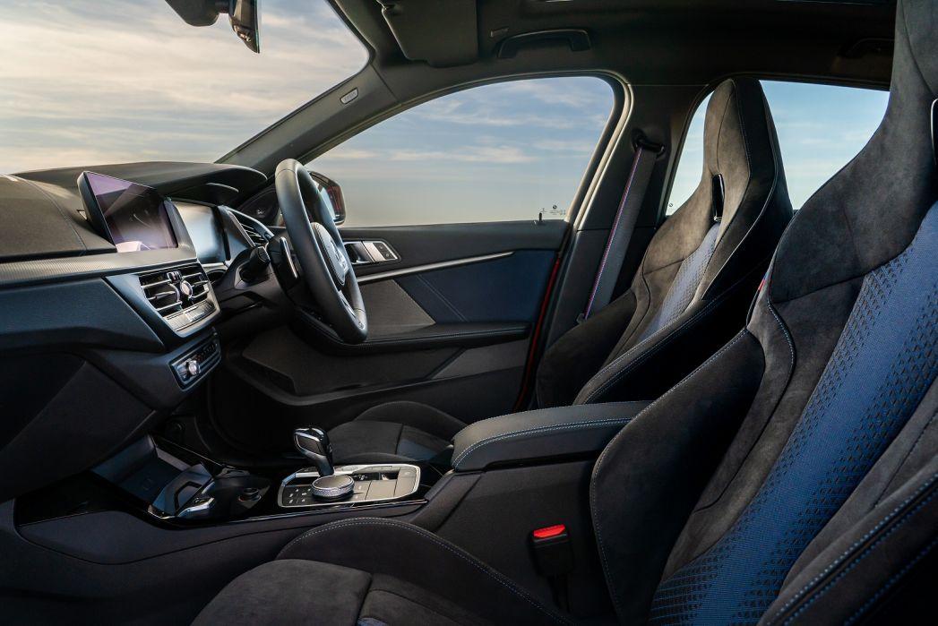 Image 6: BMW 1 Series Hatchback 118I [136] M Sport 5dr Step Auto [LCP]