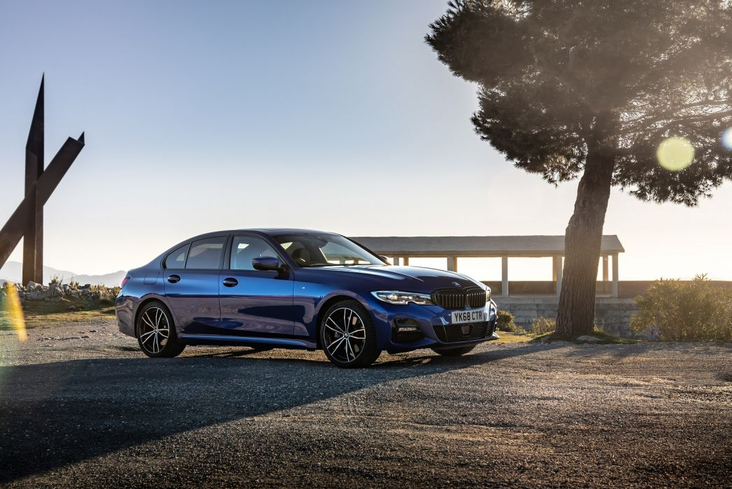 Video Review: BMW 3 Series Diesel Saloon 318D M Sport 4dr Step Auto [tech/plus Pack]