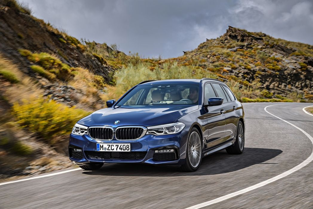 Image 2: BMW 5 Series Touring 530I M Sport 5dr Auto [plus Pack]