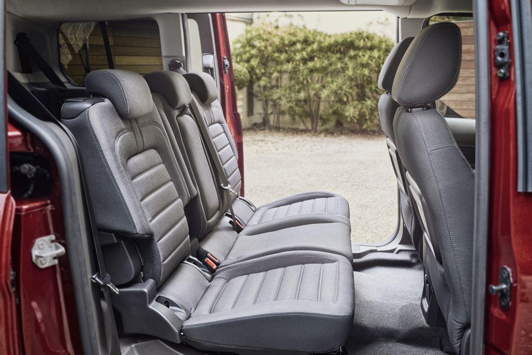 Image 5: Ford Grand Tourneo Connect Diesel Estate 1.5 Ecoblue Zetec 5dr Powershift