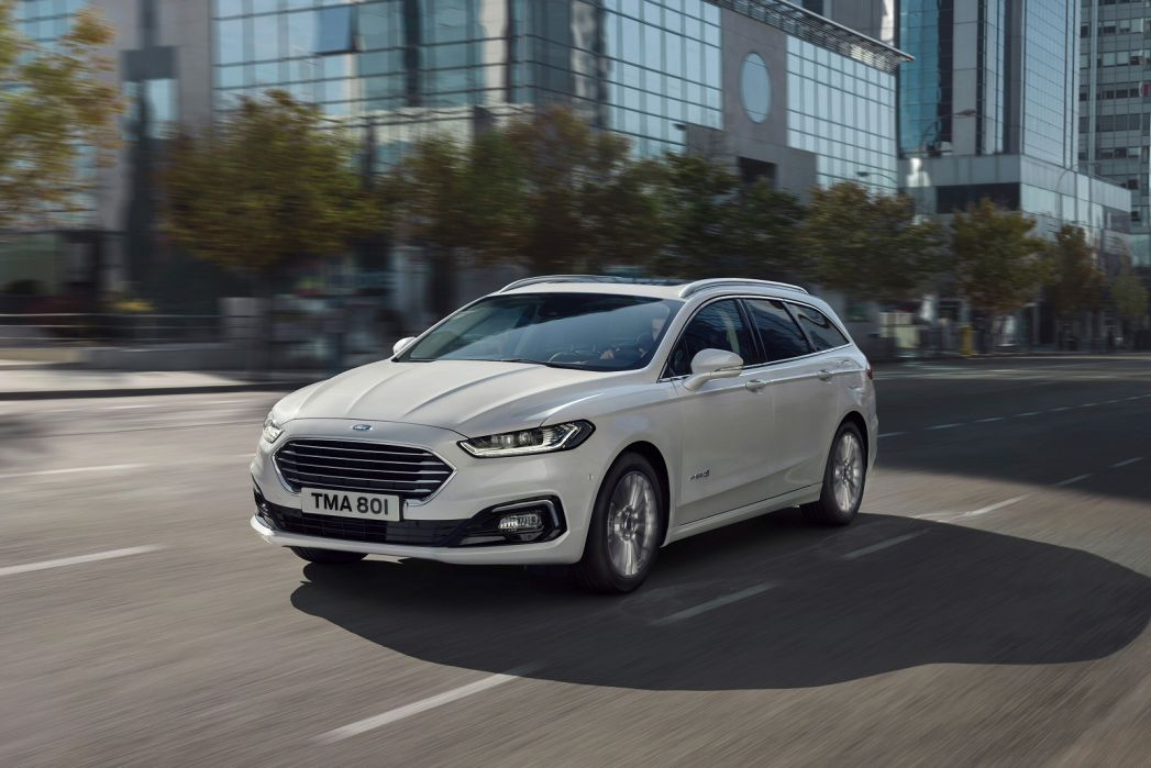 Image 3: Ford Mondeo Saloon 2.0 Hybrid ST-Line Edition 4dr Auto