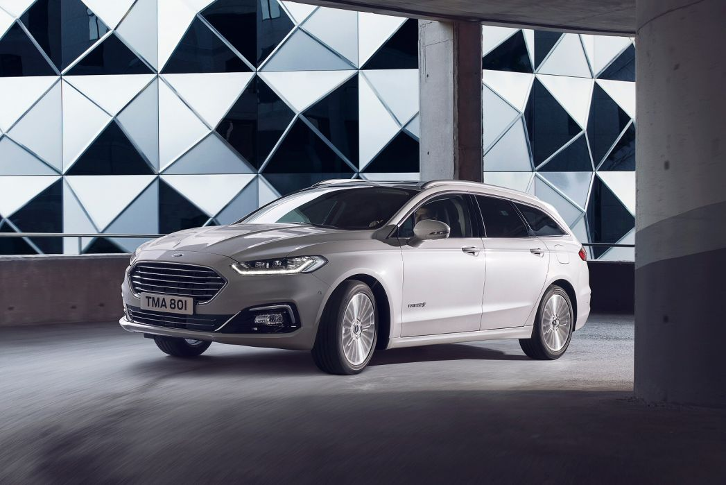 Image 4: Ford Mondeo Saloon 2.0 Hybrid ST-Line Edition 4dr Auto