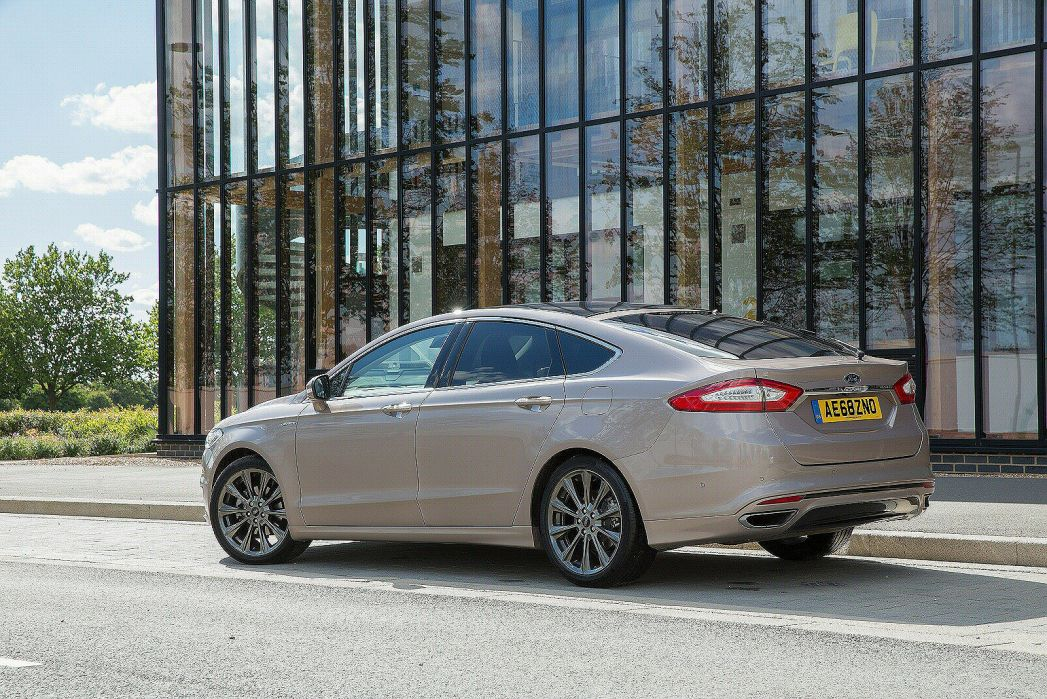 Video Review: Ford Mondeo Vignale Diesel Hatchback 2.0 Ecoblue 190 5dr Powershift