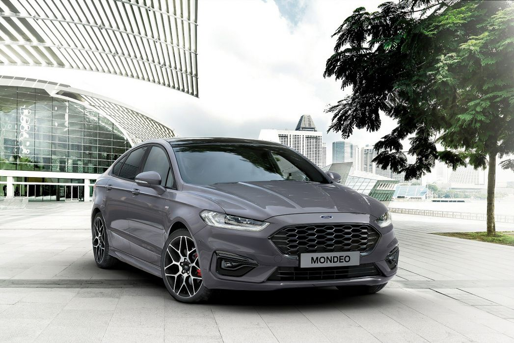 Image 2: Ford Mondeo Vignale Estate 2.0 Hybrid 5dr Auto