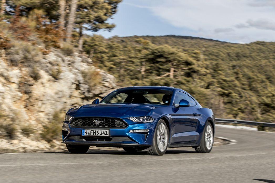Image 2: Ford Mustang Fastback 5.0 V8 449 GT 2dr