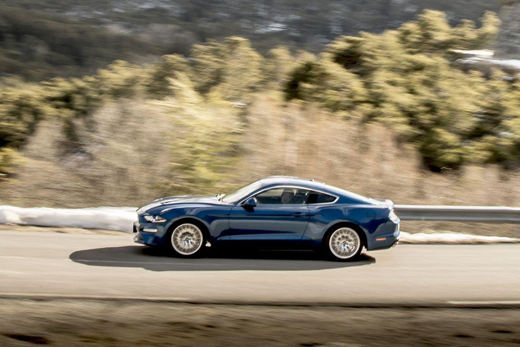 Image 3: Ford Mustang Fastback 5.0 V8 449 GT 2dr