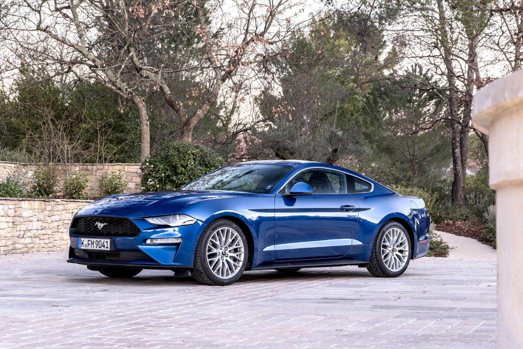 Image 5: Ford Mustang Fastback 5.0 V8 449 GT 2dr