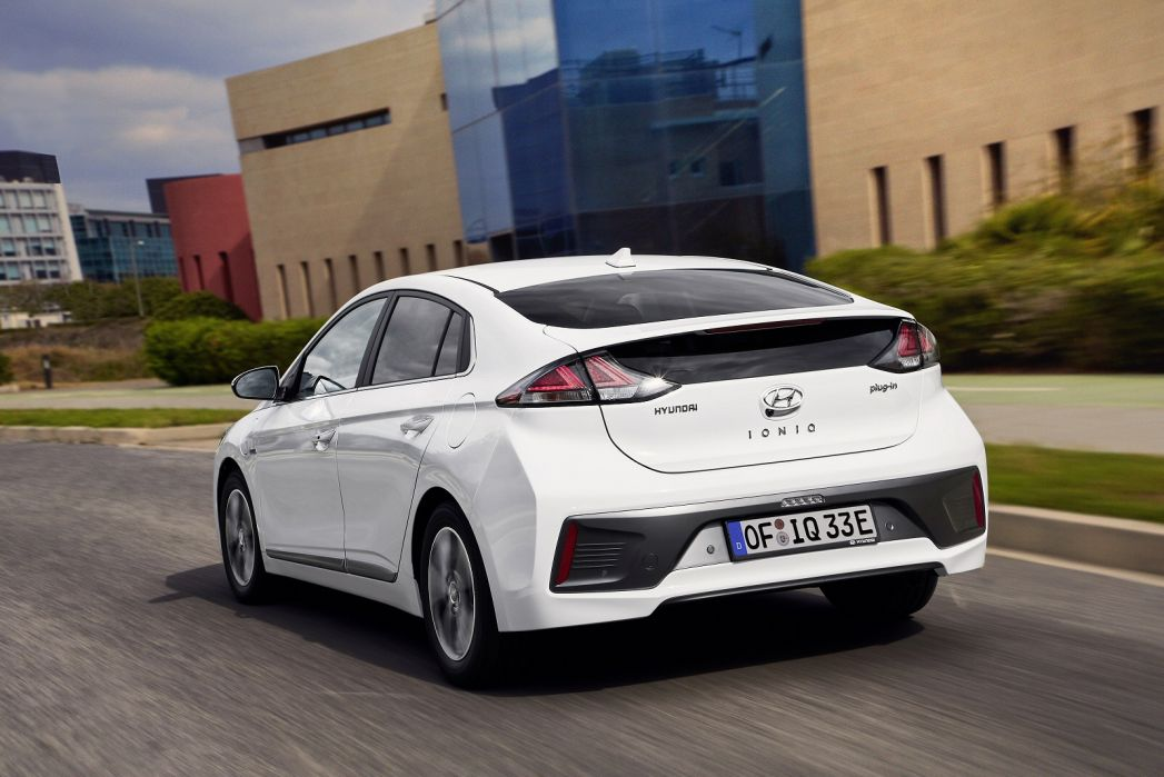 Image 6: Hyundai Ioniq Hatchback 1.6 GDI Plug-IN Hybrid Premium 5dr DCT