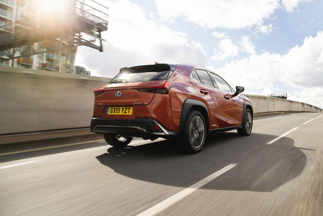 Image 5: Lexus UX Hatchback 250H 2.0 5dr CVT [without NAV]