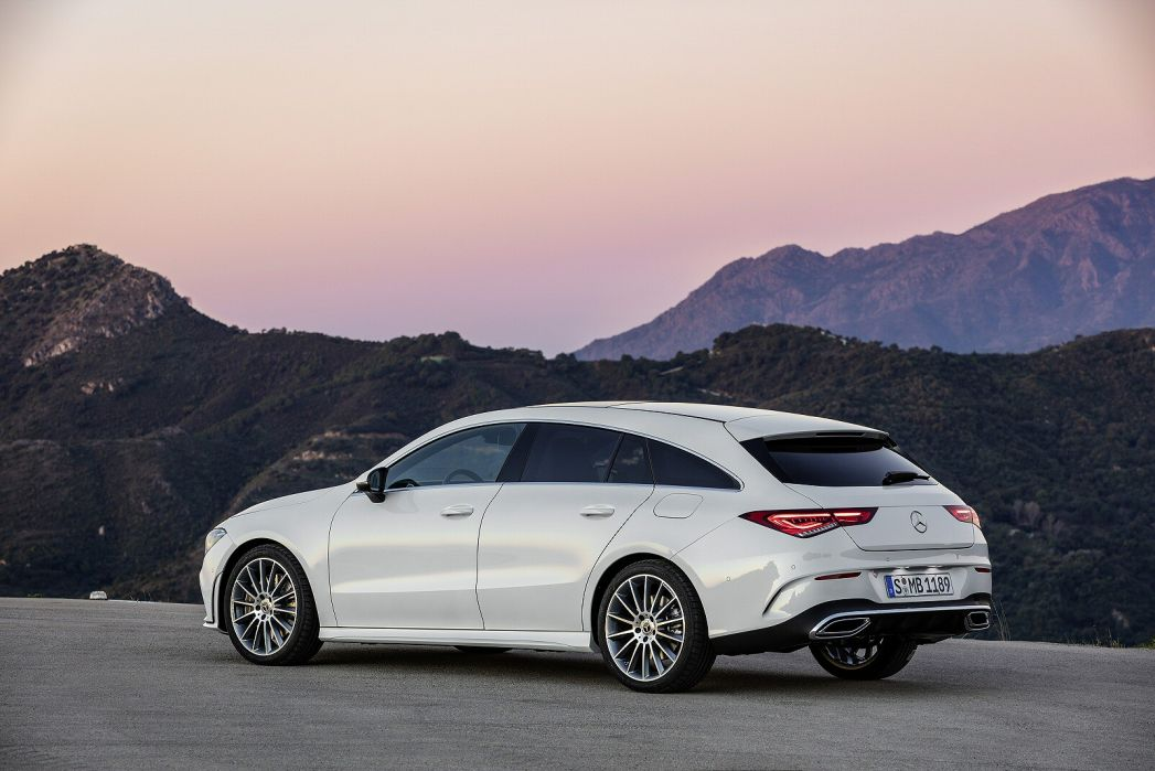 Image 3: Mercedes-Benz CLA AMG Shooting Brake CLA 45 S 4matic+ 5dr TIP Auto