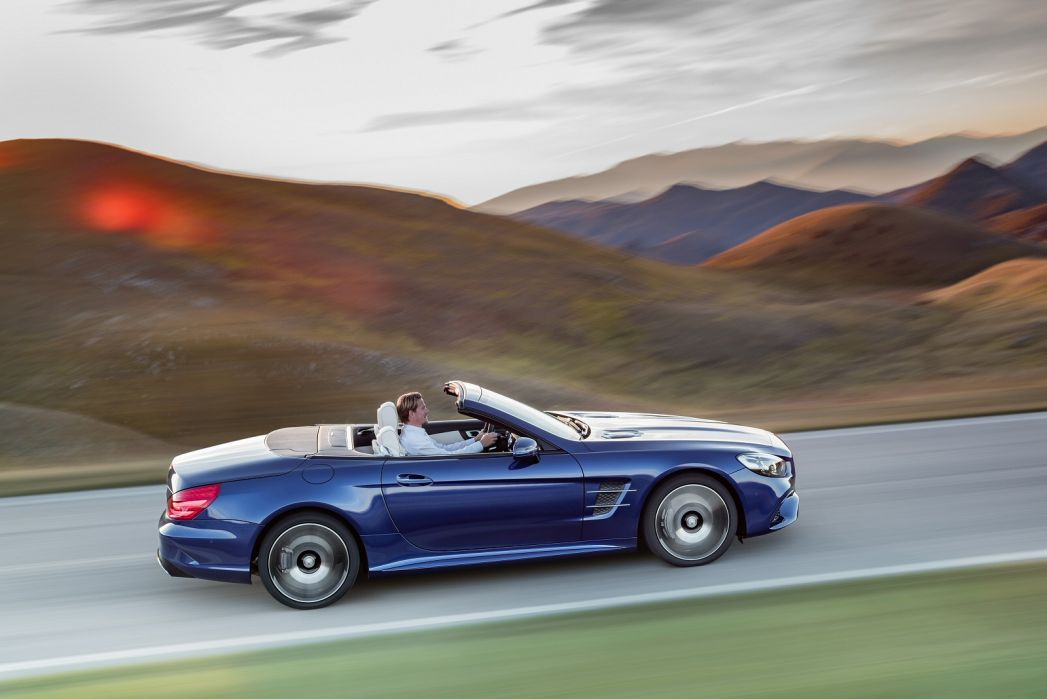 Image 3: Mercedes-Benz SL Class Convertible Special Editions SL 400 Grand Edition Premium 2dr 9G-Tronic