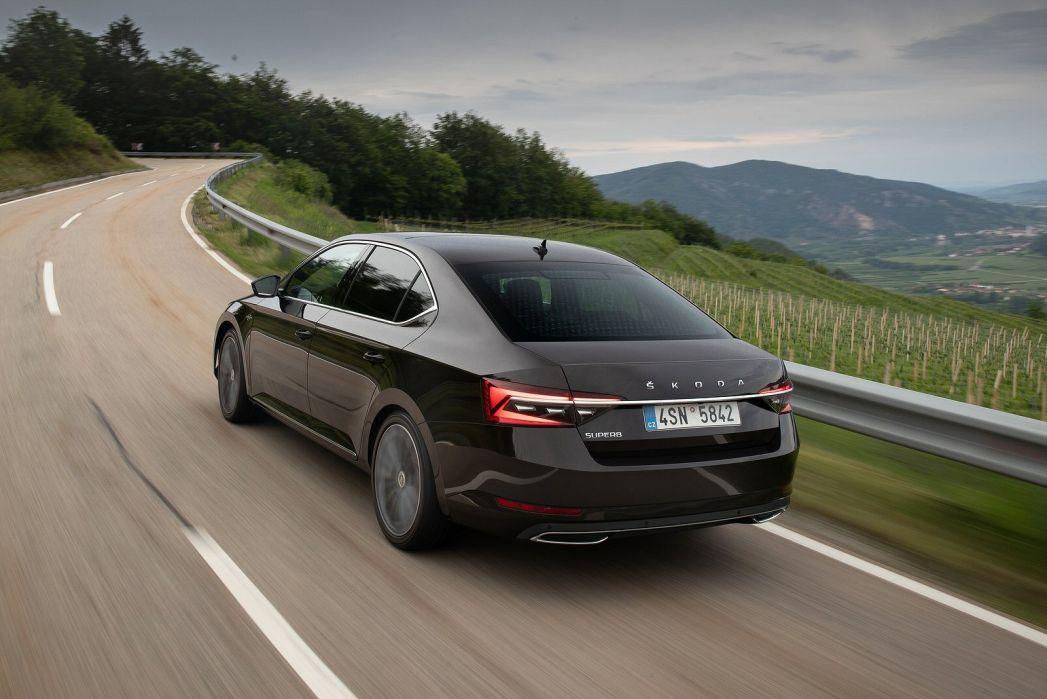 Image 3: Skoda Superb Hatchback 1.4 TSI IV SE Technology DSG 5dr