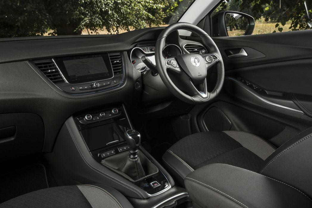 Image 4: Vauxhall Grandland X Hatchback 1.2 Turbo SE Premium 5dr