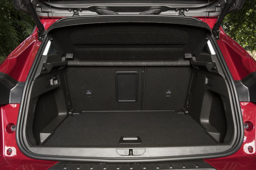 Image 2: Vauxhall Grandland X Hatchback 1.2 Turbo SE Premium 5dr