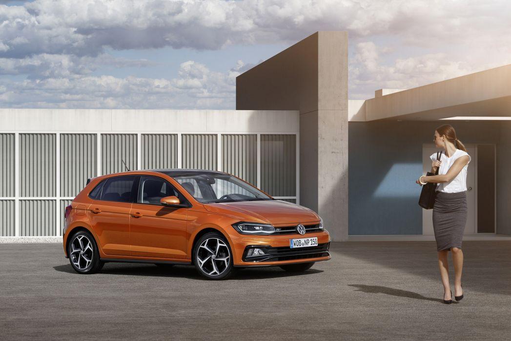 Image 2: Volkswagen Polo Hatchback 1.0 Evo 80 Match 5dr
