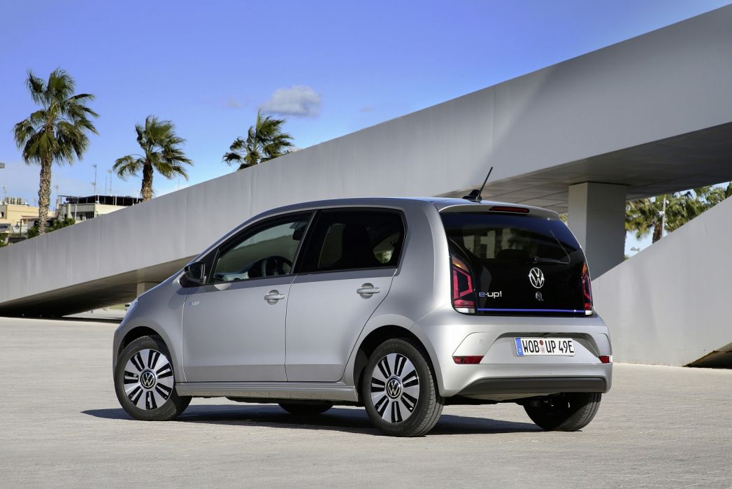 Image 2: Volkswagen UP Electric Hatchback 60KW E-UP 32KWH 5dr Auto
