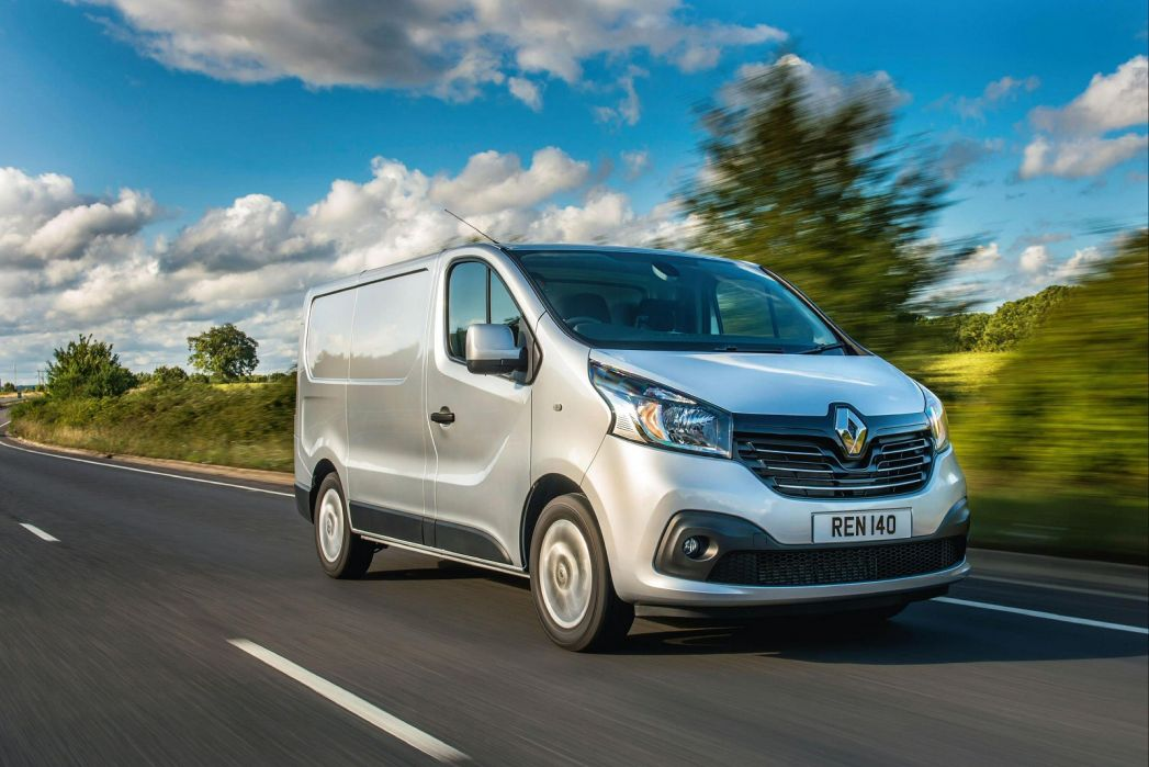 Video Review: Renault Trafic LWB Diesel LL30 Energy DCI 120 Business Crew VAN
