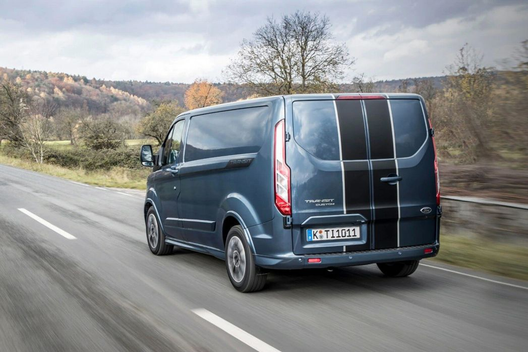 Image 2: Ford Transit Custom 340 L1 Petrol FWD 1.0 Ecoboost Phev 126PS LOW Roof Leader VAN Auto