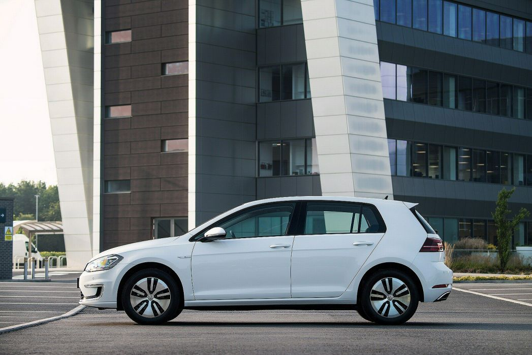 Image 6: Volkswagen Golf Electric Hatchback 99KW E-Golf 35KWH 5dr Auto