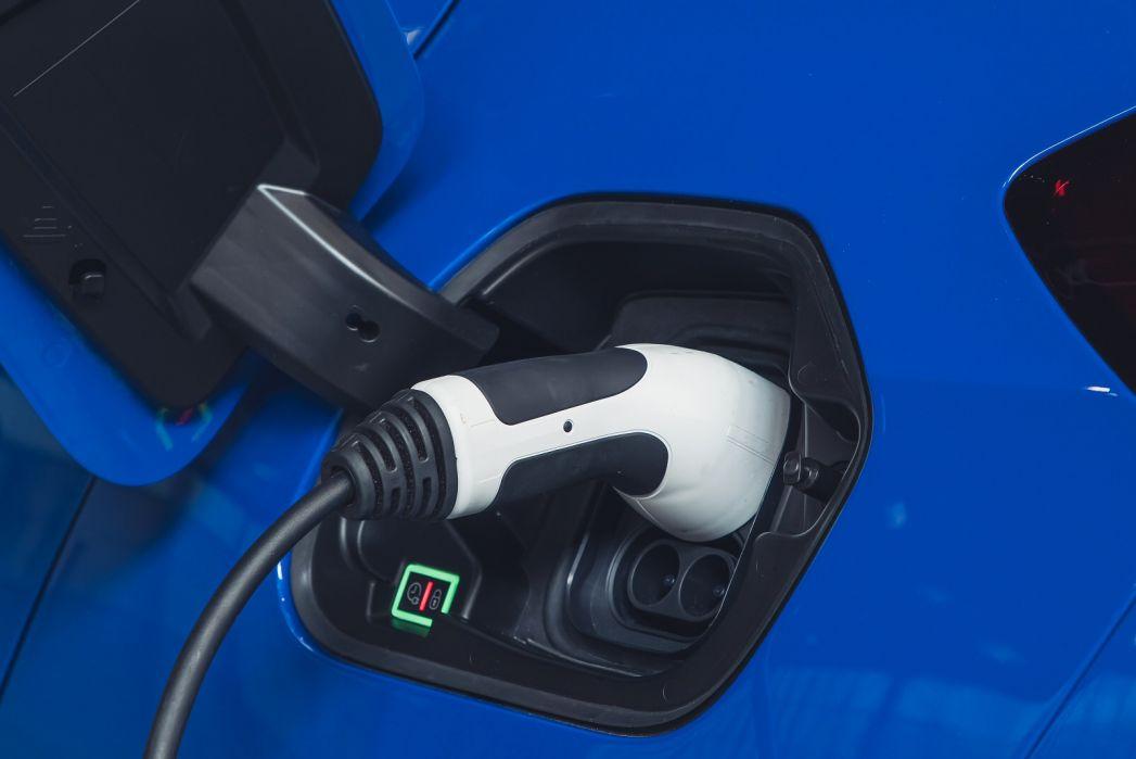 Image 4: Vauxhall Corsa-E Electric Hatchback 100KW Elite NAV 50KWH 5dr Auto [7.4kwch]