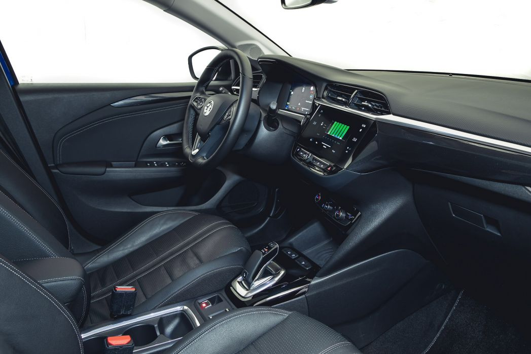 Image 5: Vauxhall Corsa-E Electric Hatchback 100KW Elite NAV 50KWH 5dr Auto [7.4kwch]