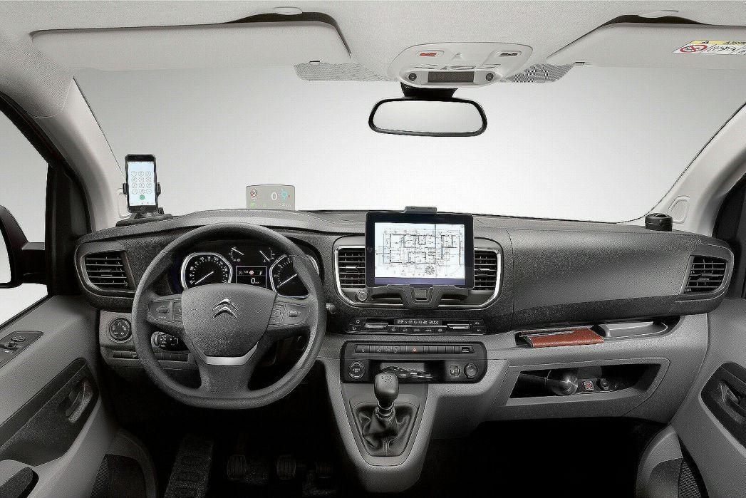 Image 3: Citroen Dispatch M Diesel 1400 2.0 Bluehdi 120 VAN Enterprise