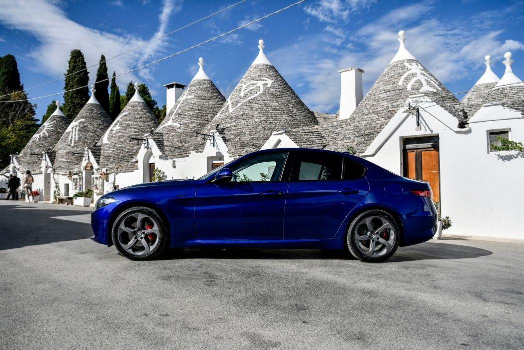 Image 4: Alfa Romeo Giulia Saloon 2.0 TB Super [xenon] 4dr Auto
