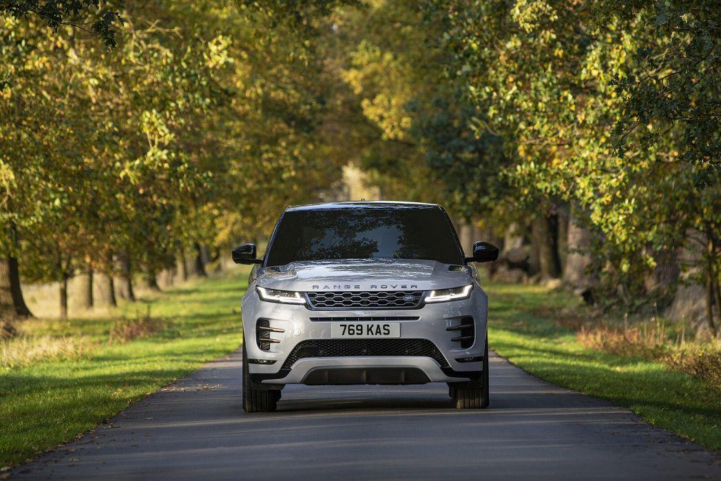 Image 3: Land Rover Range Rover Evoque Hatchback 1.5 P300e R-Dynamic HSE 5dr Auto