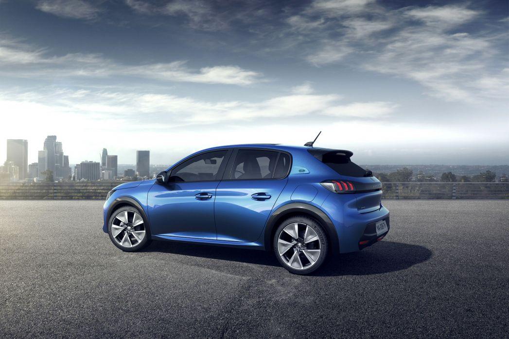 Image 2: Peugeot E-208 Electric Hatchback 100KW GT Premium 50KWH 5dr Auto