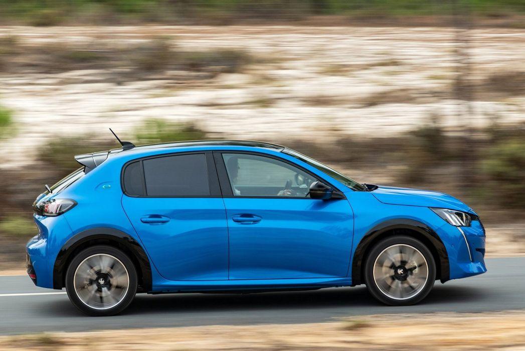 Image 4: Peugeot E-208 Electric Hatchback 100KW GT Premium 50KWH 5dr Auto